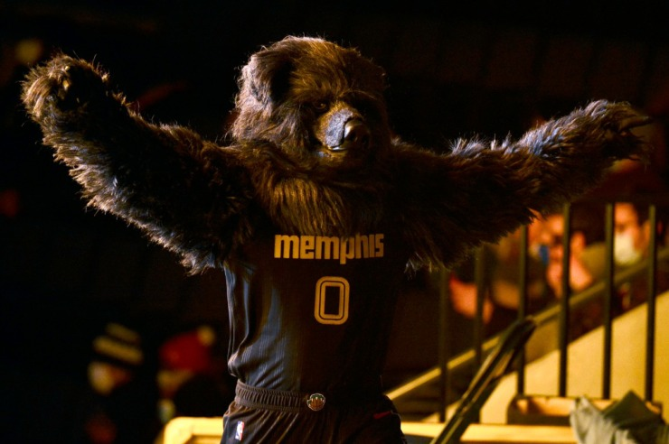 Satisfy your craving for Grizzlies action with fan events this weekend at the Southern Heritage Classic as well as Levitt Shell. (Brandon Dill/AP file)