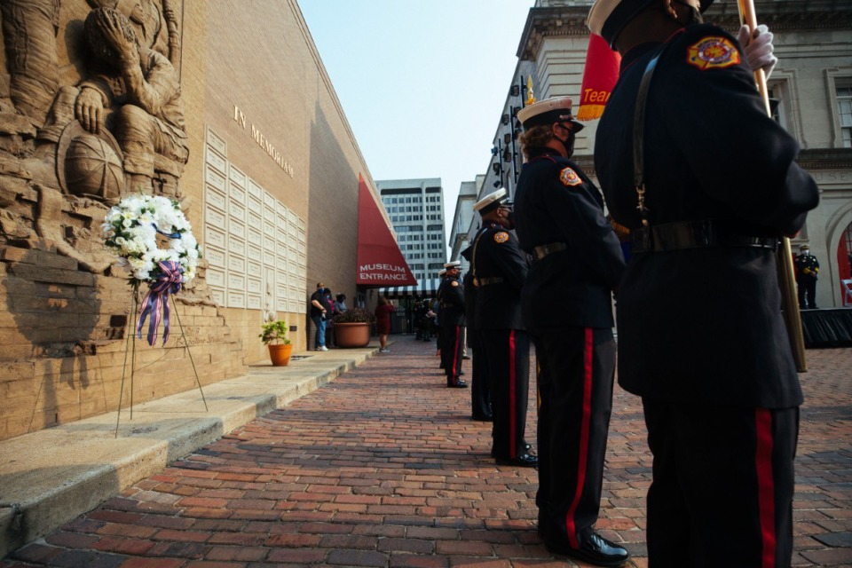 <strong>Memphis firefighters and police officers honor the lives lost during 9/11, during a ceremony Saturday, Sept. 11, 2021 at the Fire Museum of Memphis in Downtown Memphis.</strong> (Ziggy Mack/Special to The Daily Memphian)