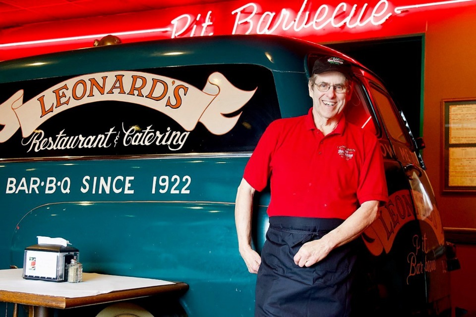 <strong>Leonard&rsquo;s owner Dan Brown and his wife Janet are headed to College Station, Pa., where their son is a professor at Penn State. The city&rsquo;s oldest barbecue restaurant will now be operated by the owner of Gus&rsquo;s World Famous Fried Chicken.</strong> (Tom Bailey/Daily Memphian file)&nbsp;