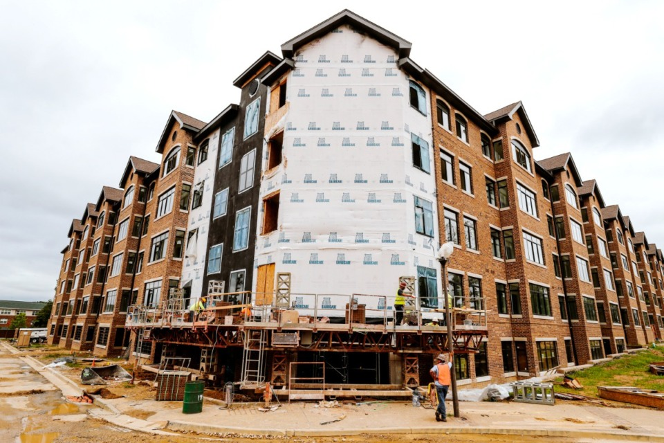 <strong>Apartments are under construction at the Thornwood project off Germantown Road in this file photo. The Germantown Board of Mayor and Alderman approved on Sept. 13, 2021, 54 more units at Thornwood and additional commercial space. </strong>(Daily Memphian file)