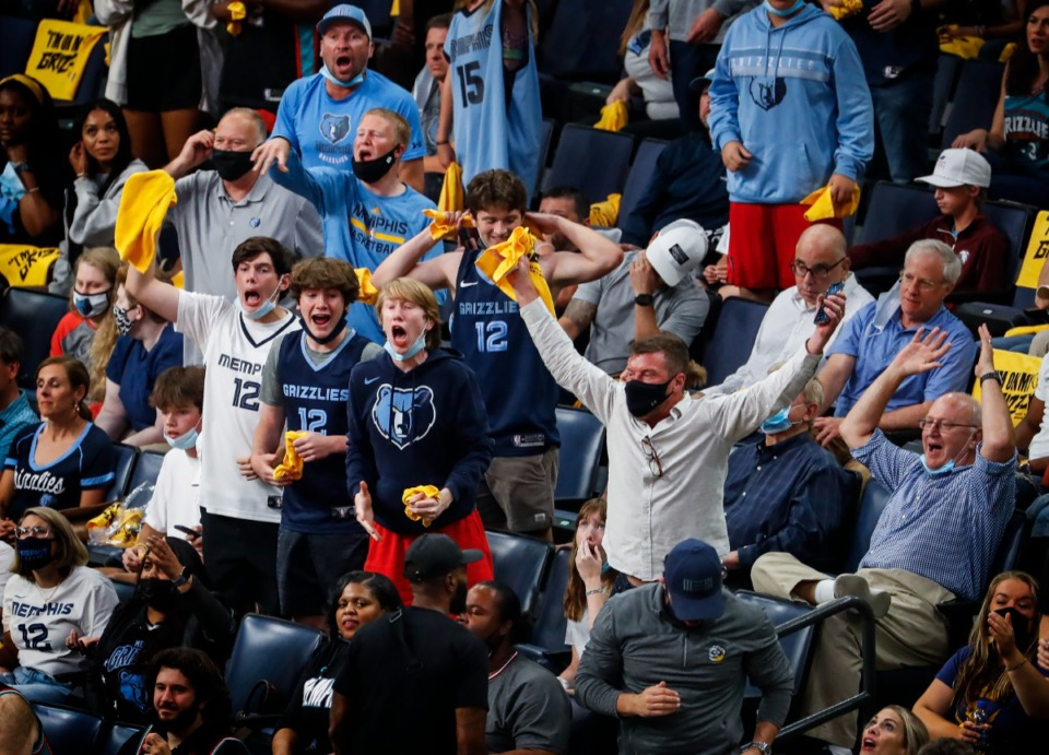 <strong>Grizzlies fans cheer during a playoff game against Utah&nbsp;on May 31, 2021.</strong> <strong>The Grizzlies, whose season opener is Oct. 20 at FedExForum, have made no comment on a vaccination policy.</strong> (Mark Weber/The Daily Memphian)