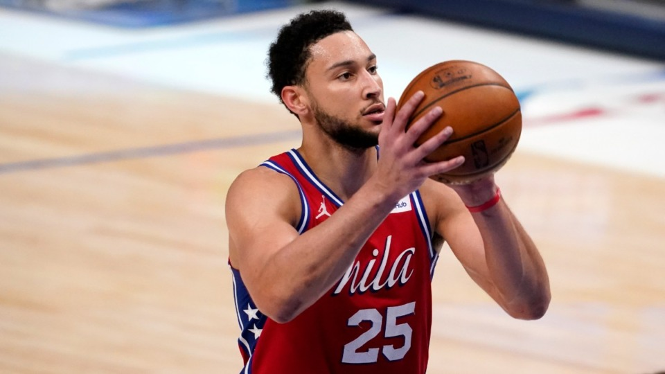 <strong>Philadelphia 76ers' Ben Simmons shoots free throws against the Dallas Mavericks on April 12, 2021. Could the Grizzlies make a move to pick him up?</strong> (Tony Gutierrez/AP file)