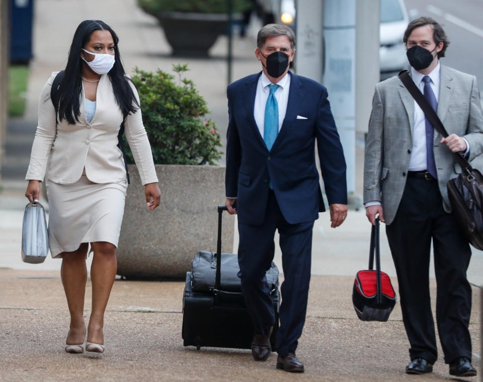 <strong>State Sen. Katrina Robinson (left) walks to federal court with her attorneys on Friday, Sept. 17, 2021.</strong> (Mark Weber/The Daily Memphian)