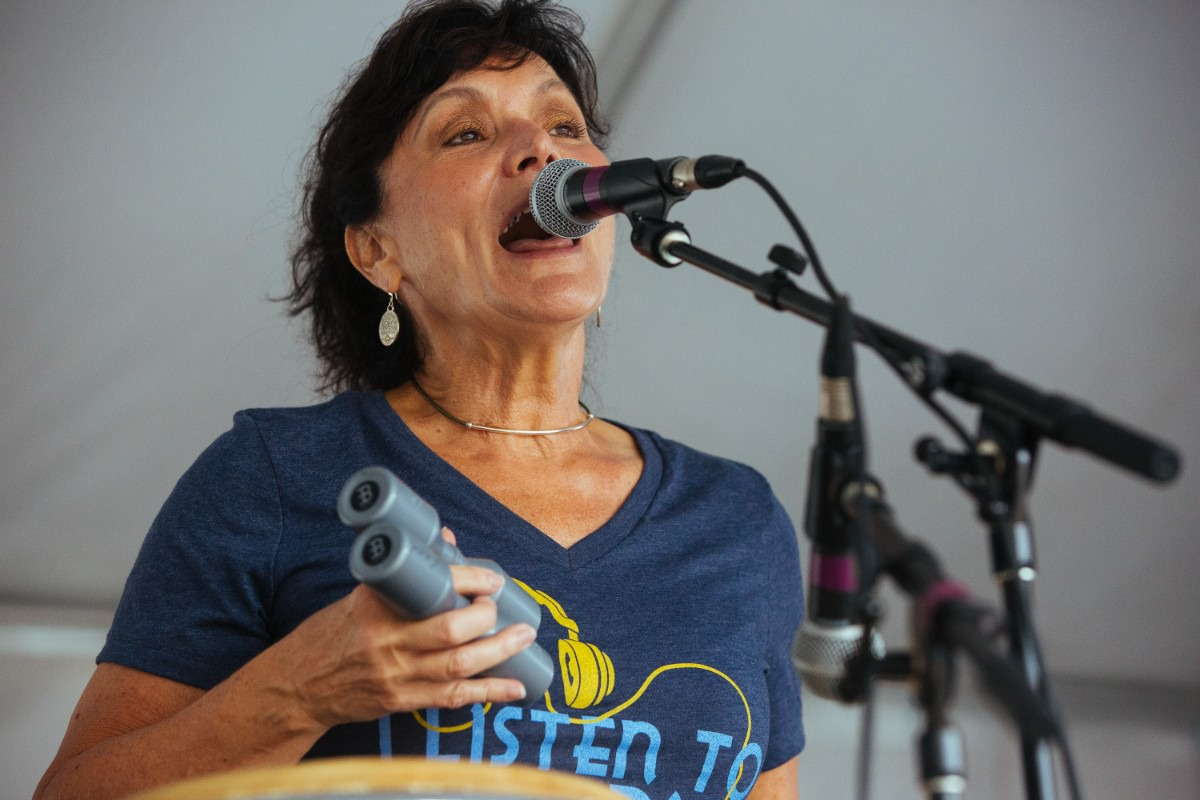 <strong>Vicki Loveland of Loveland-Duran Band performs on stage.</strong> (Ziggy Mack/Special to The Daily Memphian)