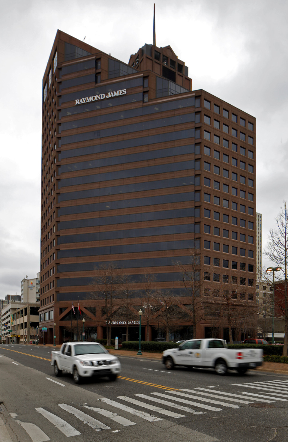 <strong>A revamp of 50 N. Front St. will transform what is currently called the Raymond James Tower into a mostly residential building with some commercial space on the lower floors.&nbsp;</strong>(Lance Murphey/Daily Memphian file)