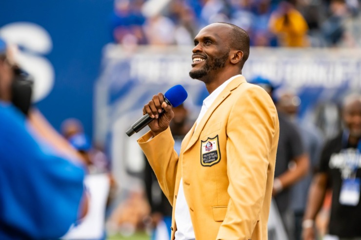 <strong>Isaac Bruce addresses the crowd during the Memphis vs. Mississippi State Football game at Liberty Bowl Memorial Stadium. Bruce is the first Univerity of Memphis athlete to be inducted in the Pro Football Hall of Fame.</strong> (Matthew A. Smith/Memphis Athletics)