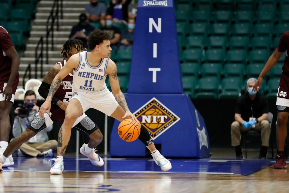 <strong>Lester Quinones (during the NIT basketball tournament March 28, 2021) may be competing with Landers Nolley II and Earl Timberlake for the wing.&nbsp;All three have a strong case for starting at either the two or three.&nbsp;</strong>(Courtesy NCAA)