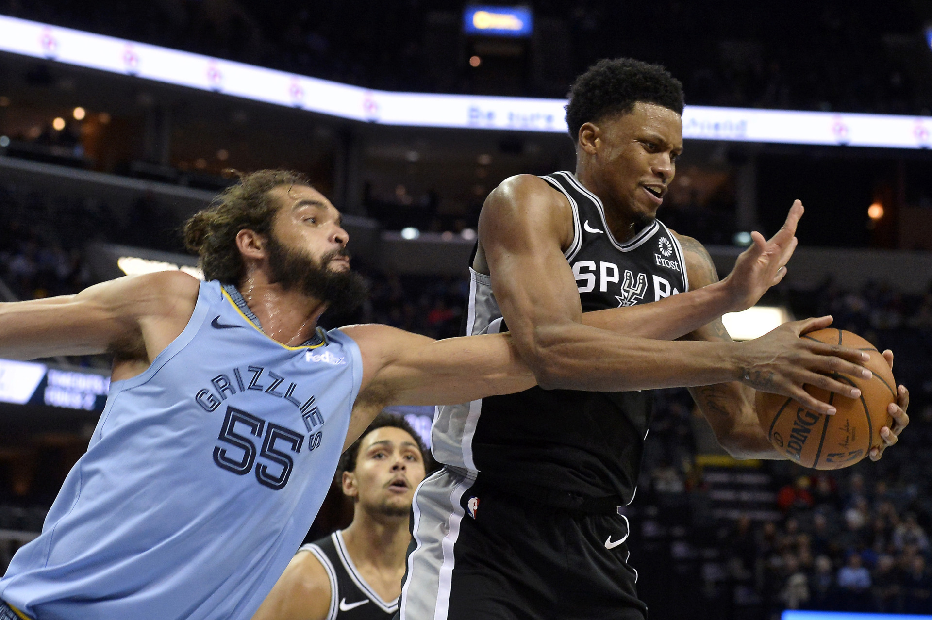 <span><strong>Memphis Grizzlies center Joakim Noah (55) tries to knock the ball away from San Antonio Spurs forward Rudy Gay on Tuesday, Feb. 12, 2019, in Memphis, Tenn.</strong> (AP Photo/Brandon Dill)</span>