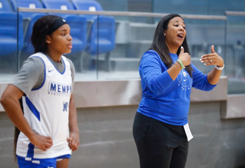 <strong>University of Memphis Lady Tigers head coach Katrina Merriweather (right) gestures during practice on Friday, Oct. 1, 2021.</strong> (Mark Weber/The Daily Memphian)