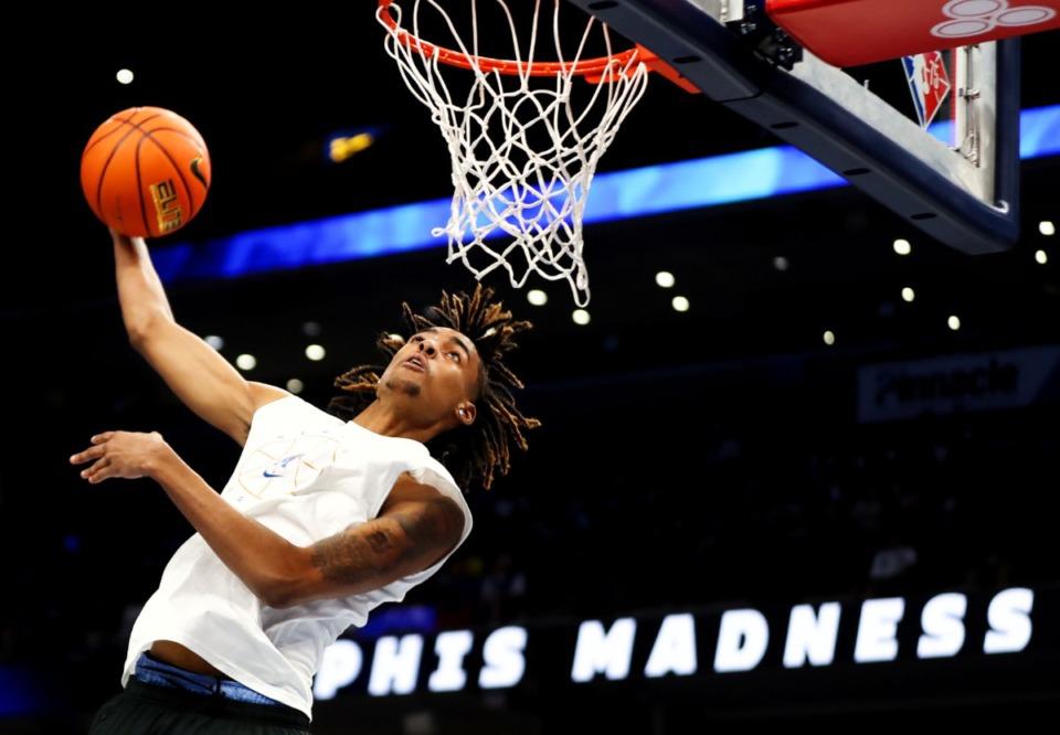 <strong>University of Memphis guard Emoni Bates participates in the dunk contest at Memphis Madness in FedExForum Oct. 13, 2021.</strong> (Patrick Lantrip/Daily Memphian)