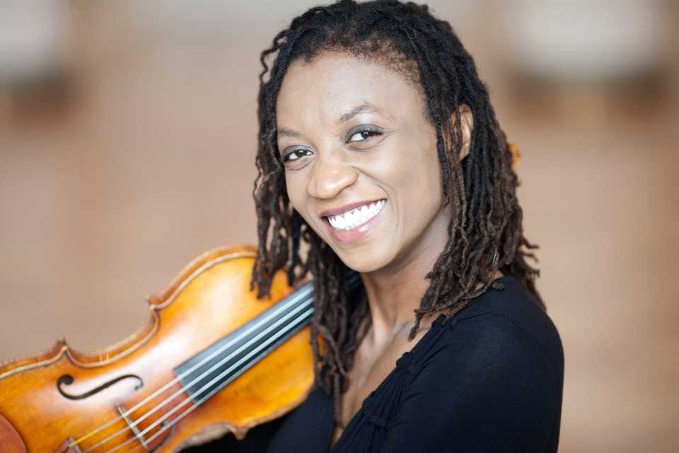 <strong>Acclaimed violinist Tai Murray will be featured at the Memphis Symphony Orchestra's opening weekend concerts for its 2018-19 season on Sept. 29 and 30.</strong> (Marco Borggreve)