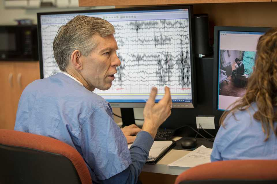 <strong>Le Bonheur Children&rsquo;s Hospital Neuroscience Institute co-director James Wheless discusses findings from a patient&rsquo;s EEG reading.</strong> (Submitted)