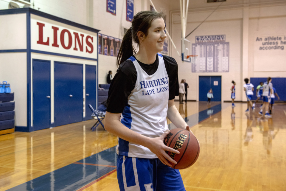 <strong>Sage Hawley holds a ball during girls basketball practice at Harding Academy on Feb. 25, 2019 in Memphis, Tenn.</strong> (Brandon Dill/Special To The Daily Memphian)