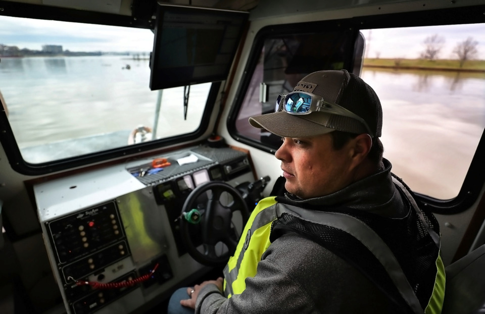 <strong>Survey technician Donnie Armstrong with the Memphis District, U.S. Army Corps of Engineers, conducts a daily river patrol on Feb, 27, 2019, to monitor river depth and levee conditions as the Mississippi reaches high flood stages.</strong><strong> The river was expected to crest the week of March 3 at 41 feet, the fourth-highest level on record for the Memphis area.</strong> (Jim Weber/Daily Memphian)