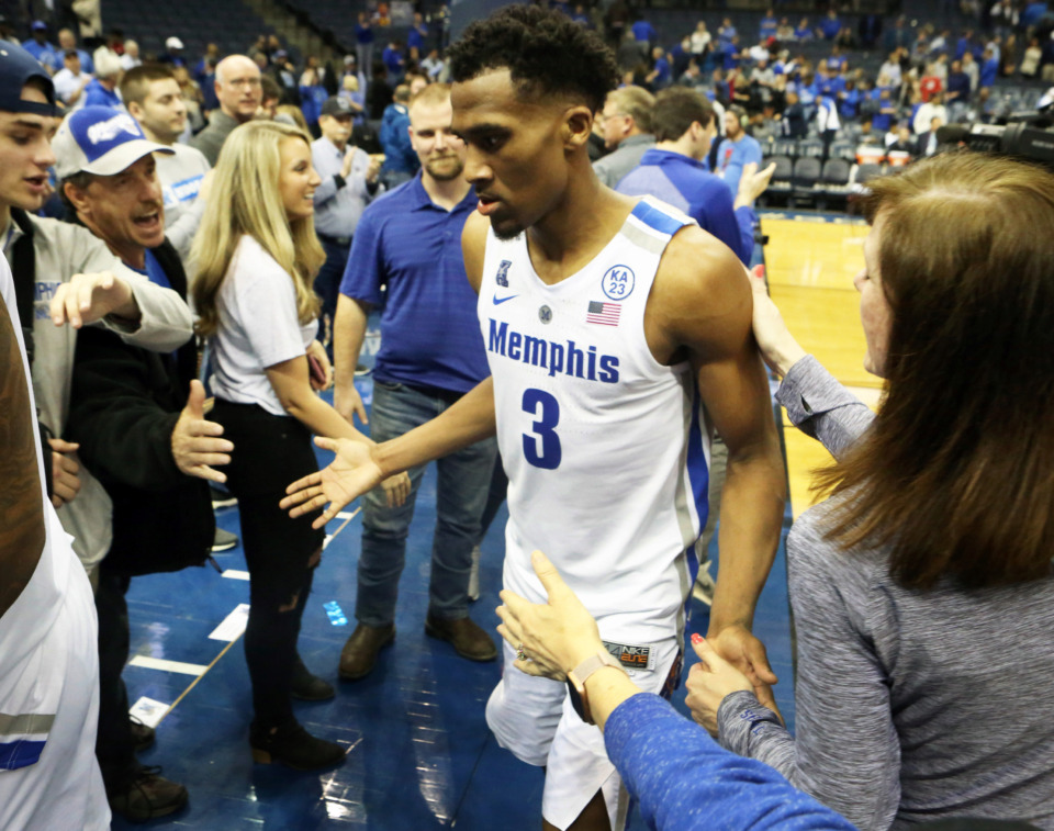 "<strong>University of Memphis guard Jeremiah Martin (3) greets fans following the Tulsa Golden Hurricane game on Saturday, March 9, 2019, at FedExForum.</strong>&nbsp;<span class=""s1"">(Karen Pulfer Focht/Special to The Daily Memphian)</span>"