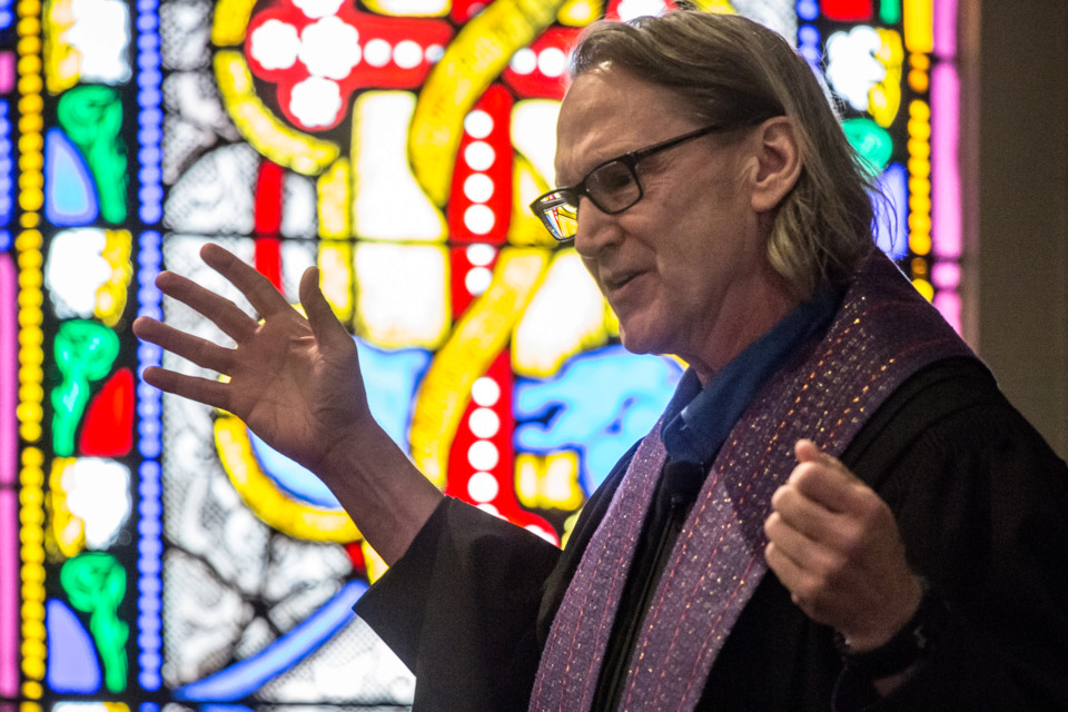 <strong>John Kilzer speaks at the Lenten Preaching Series at Calvary Episcopal Church on March 8, 2016. Kilzer, a singer/songwriter-turned pastor and former Memphis Tigers basketball player, died suddenly on Tuesday. </strong><span>(Daily Memphian file)</span>