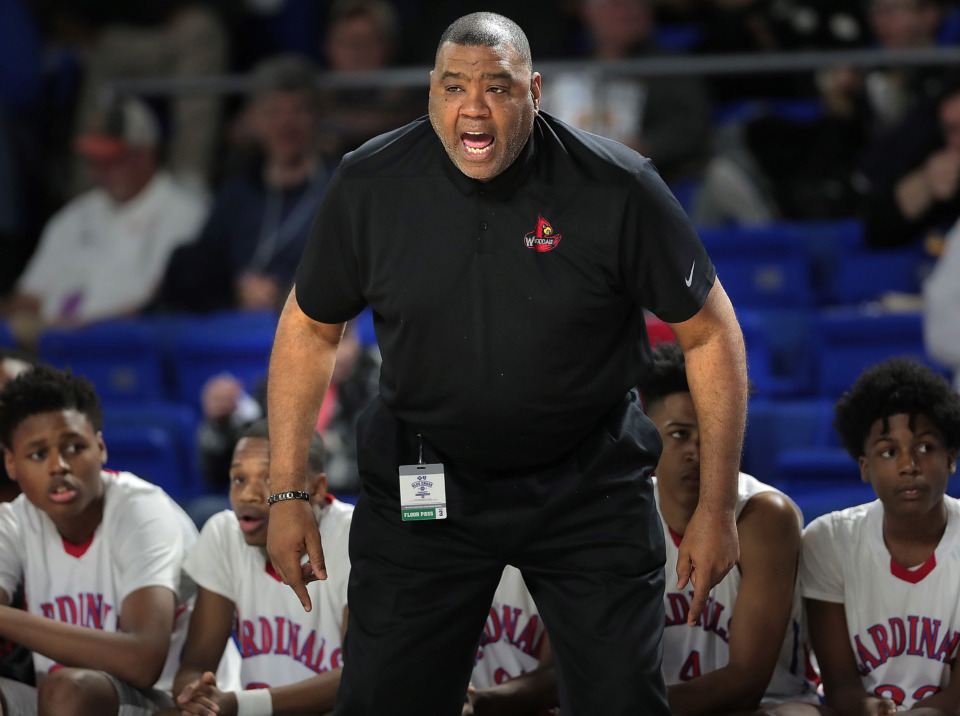 <strong>Wooddale coach Keelon Lawson calls a play during Wooddale's TSSAA Class AA semifinal game against Brainerd at MTSU in Murfreesboro on March 15, 2019.</strong> (Jim Weber/Daily Memphian)