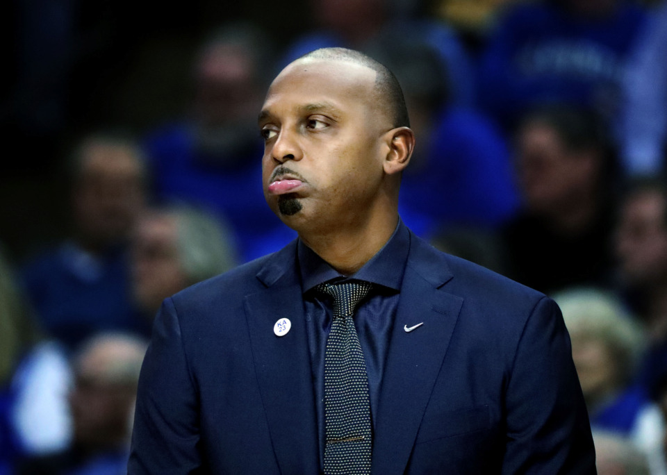 "<strong>University of Memphis basketball coach Penny Hardaway frowns after the Tigers give up a basket&nbsp;</strong><span class=""s1""><strong>during a semifinal game against Houston in the American Athletic Conference tournament on Saturday, March 16, 2019, at FedExForum in Memphis. </strong>(Houston Cofield/Daily Memphian)</span>"