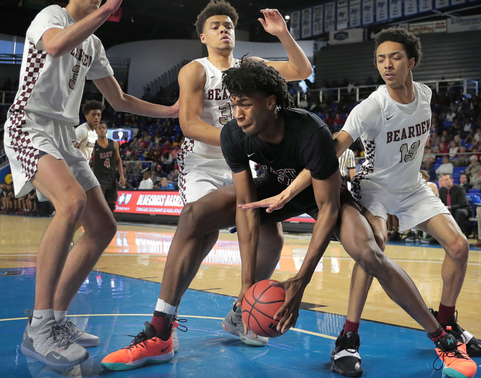<strong>East High School's James Wiseman battles through three Bearden defenders during East's TSSAA Class AAA state basketball finals game against Bearden at MTSU in Murfreesboro on March 16, 2019.</strong> (Jim Weber/Daily Memphian)