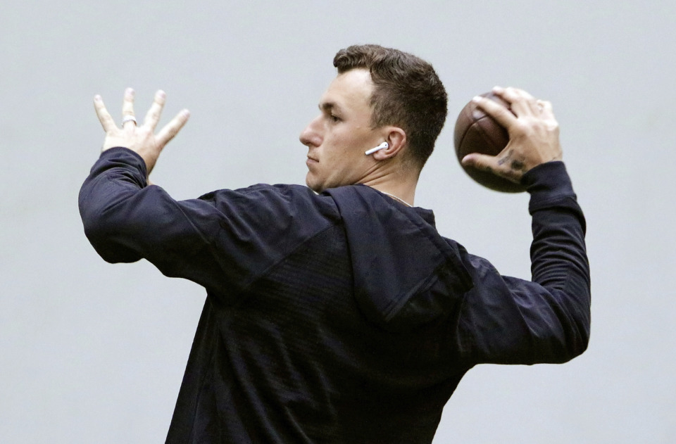 <strong>Johnny Manziel throws during drills at his alma mater during Texas A&amp;M's football Pro Day in College Station, Texas, on March 27, 2018. </strong><span><strong>Manziel has signed an agreement to join the Alliance of American Football and may have been claimed and assigned to the Memphis Express,&nbsp;according to several reports.</strong>&nbsp;</span>(AP Photo/Michael Wyke)