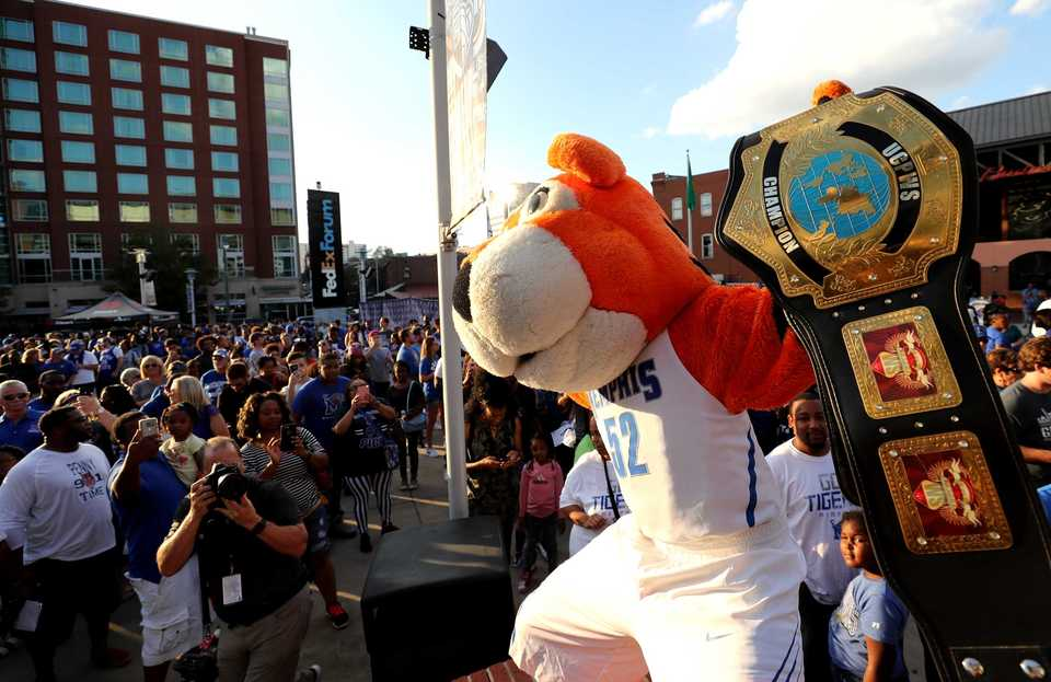 <strong>Tiger mascot Pouncer entertains the crowd outside FedExForum for Memphis Madness on Thursday, Oct. 4.</strong> (Houston Cofield/Daily Memphian)
