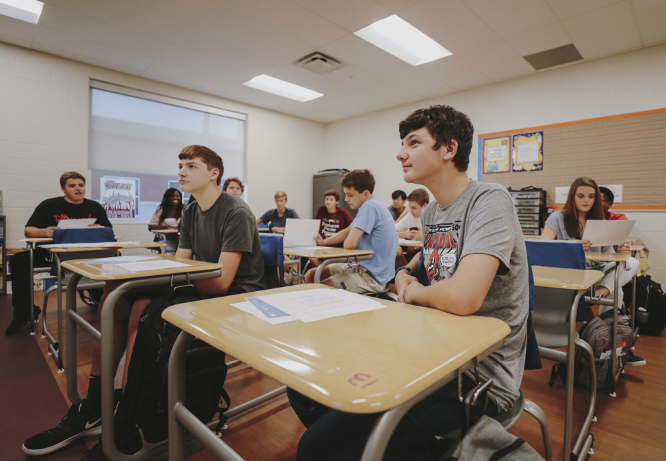 <strong>The proposal signals that legislative leaders don't think the state's next vendor will have time to ramp up for online testing by spring 2020, when the bulk of Tennessee's students take TNReady.</strong>&nbsp;(Houston Cofield/Daily Memphian file)
