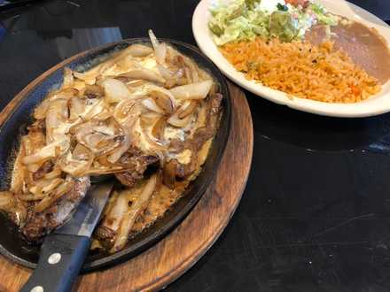 <strong>Steak Monterrey is $8.99 at lunch at Las Margaritas in Cordova.</strong> (Jennifer Biggs/Daily Memphian)