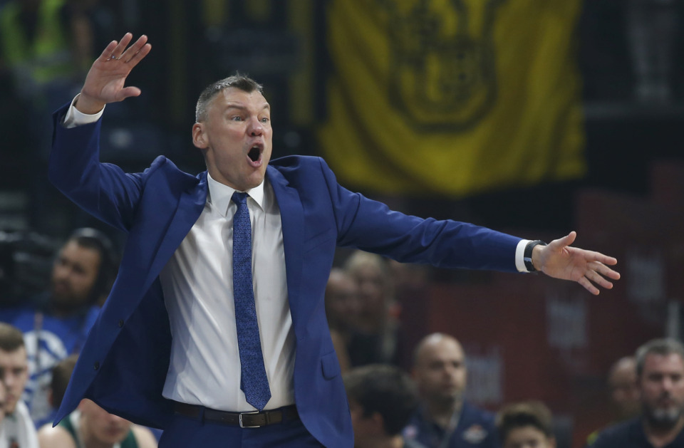 <strong>Zalgiris head coach Sarunas Jasikevicius gestures during the Final Four Euroleague semifinal basketball match against Fenerbahce in Belgrade, Serbia, Friday, May 18, 2018.</strong> (AP Photo/Darko Vojinovic)